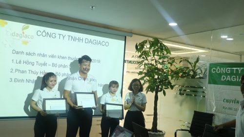 công ty Dagiaco khen thưởng nhân viên xuất sắc